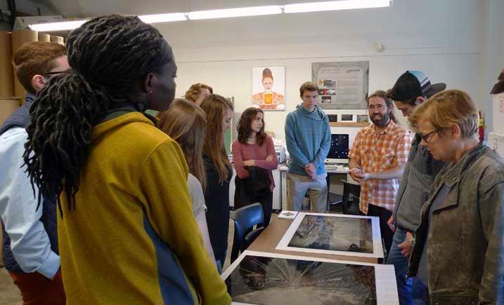 Freshman Honors Seminar with Visual Arts