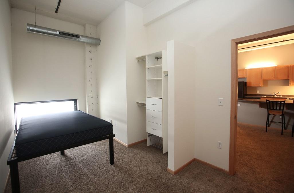 Marq One-Bedroom + Den
