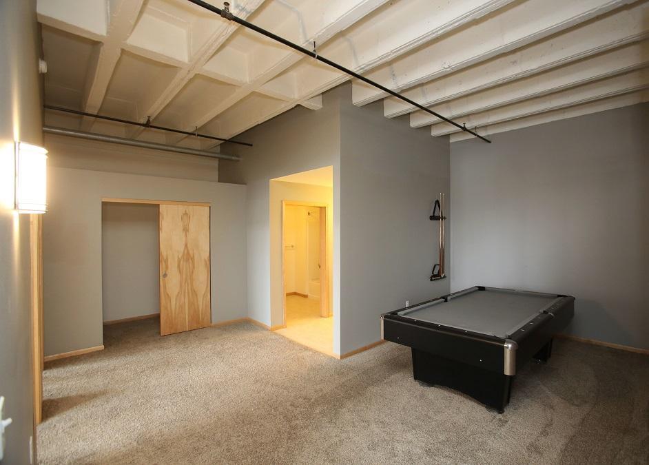Marq 4-bed 2-bath VIP