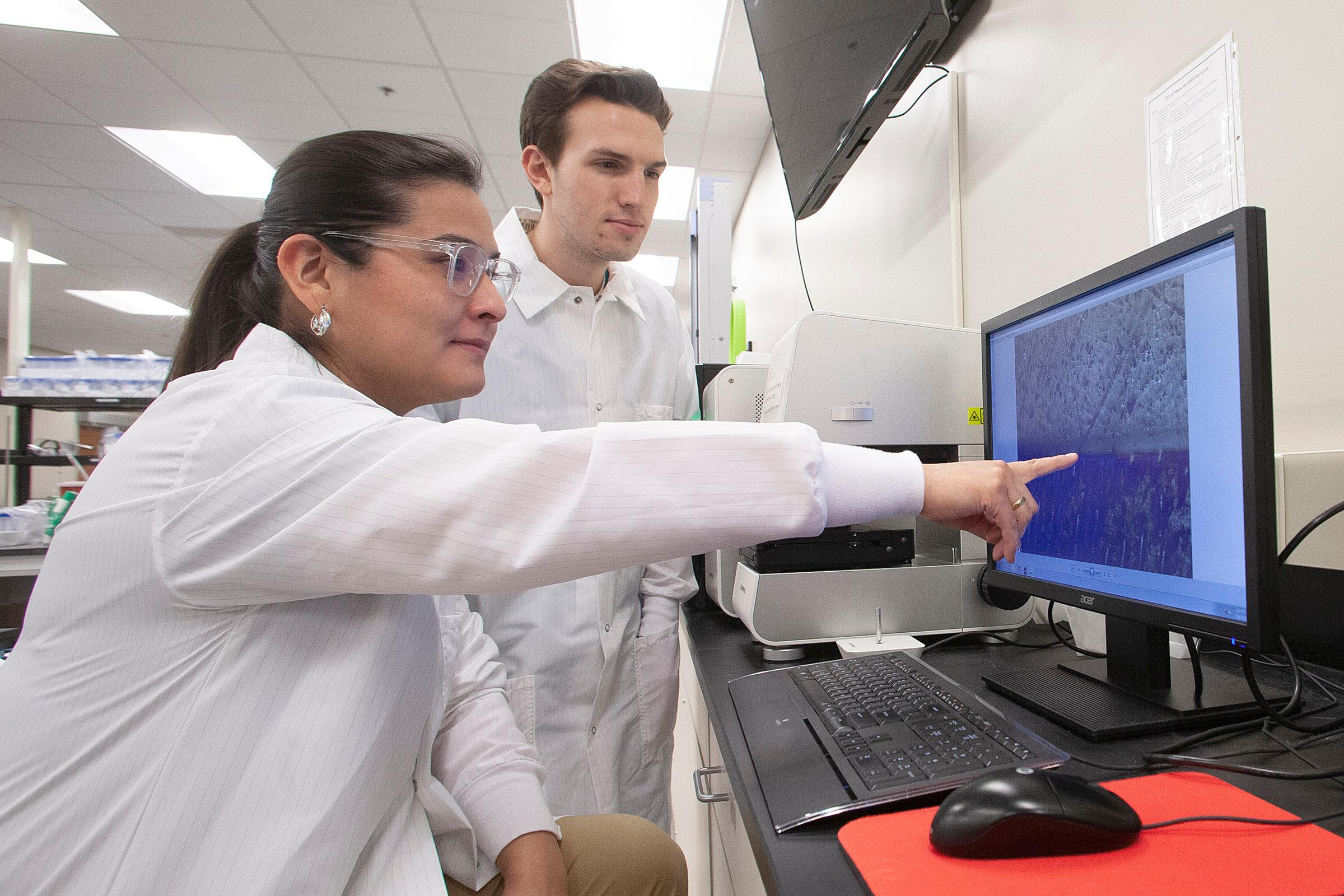 The Bedran-Russo's Lab is focused on enhancing the properties of dentin-resin interfaces