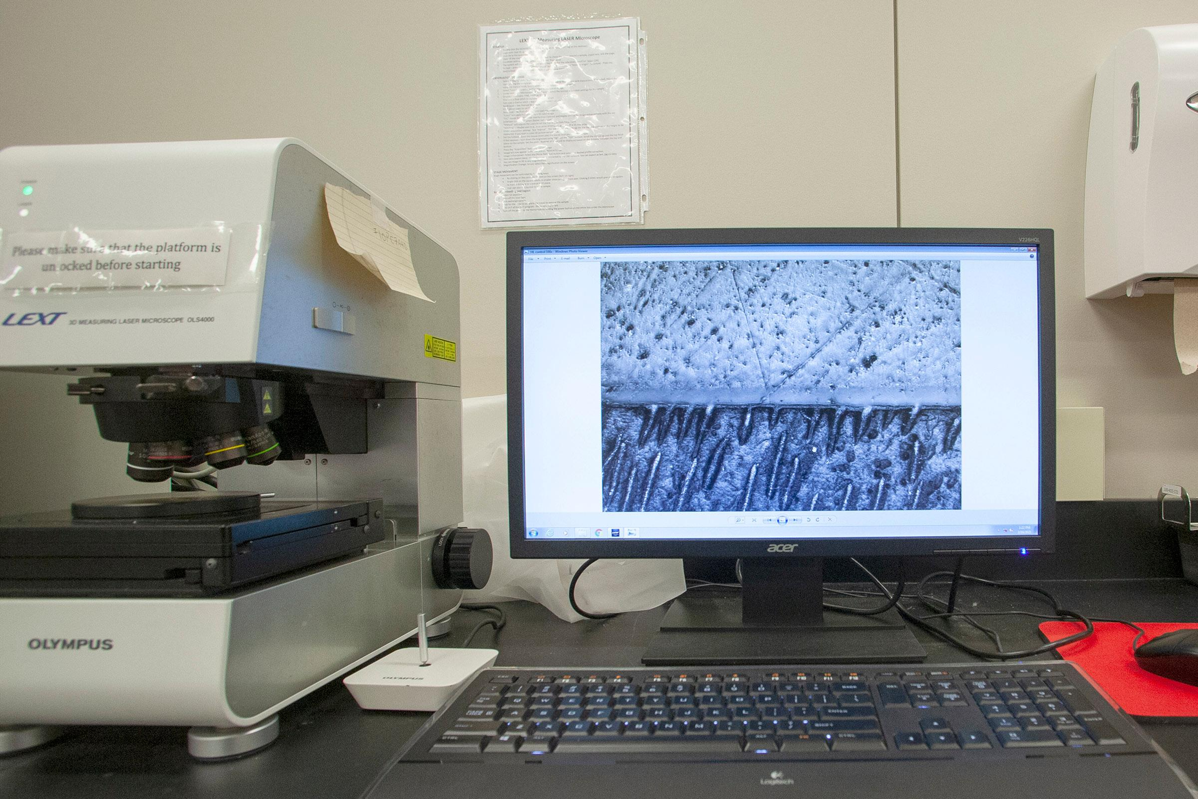 3D Laser-Scanning Microscope to explore dentin-resin interfaces and surface geometry