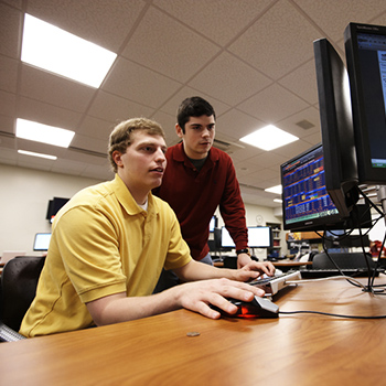 Students in the AIM Investment Lab