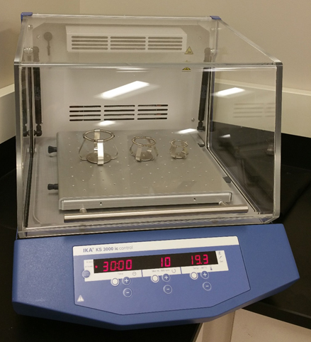 KS 3000 ic Control Incubator Shakers