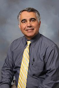 Dr. Majeed  Hayat