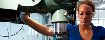 female mechanical engineering student working in a lab