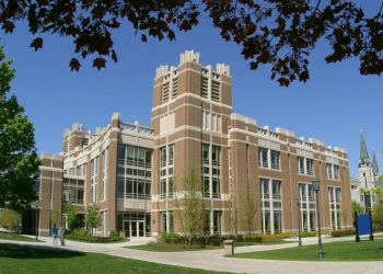 Exterior of Raynor Memorial Libraries
