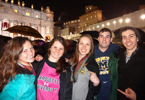 MU students at St. Peter's Square